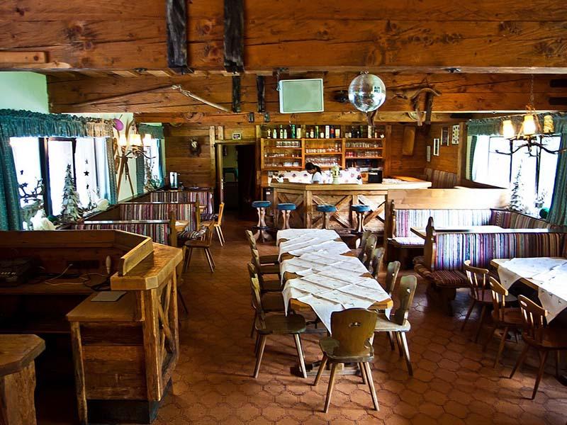 Die Gaststube im Gasthaus Ranalt - einfach urig